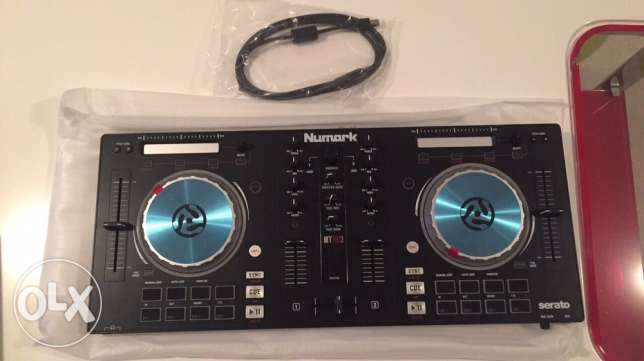 numark mixtrack pro 3 urgent sale used ONCE