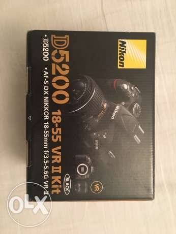 Nikon D5200 DSLR camera with many accessories and training voucher الرياض -  8