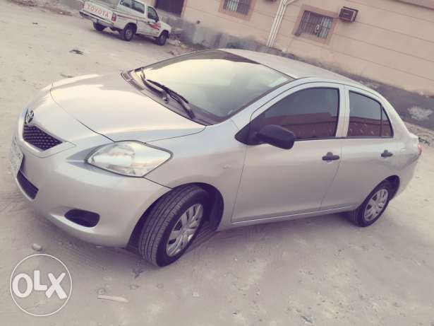 2011 Toyota yaris for sale