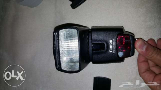 Canon Speedlite 430EX II with trigger and defuser