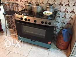 Gas Cooker with Oven (Very Clean)