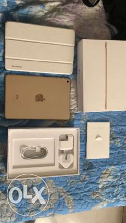 للبيع Ipad mini 4 32g gold wifi
