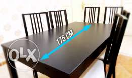 Dining table with 6 chairs - Ikea - Excellent condition