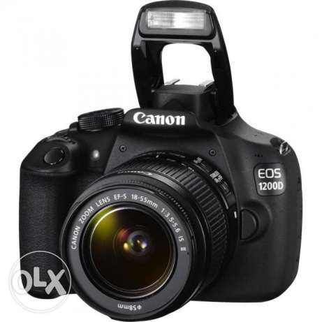 Canon DSLR EOS1200D with FREE Lens & Bag
