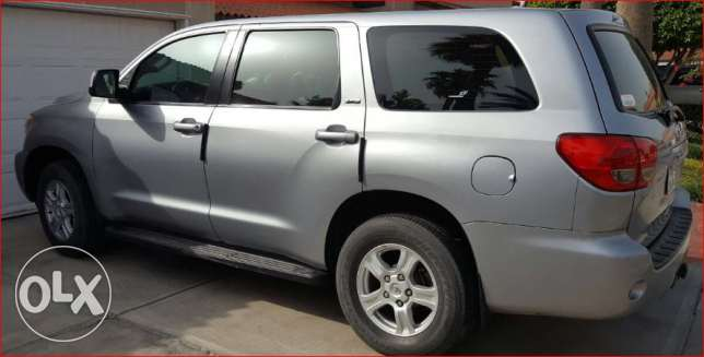 Toyota Sequoia 2014 , SR5, 8 Seats,