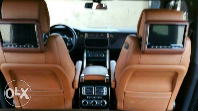 Range Rover Vogue 2015 Full Option الرياض -  6