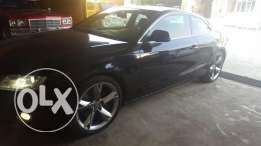 Very clean audi a5 coupe for sale