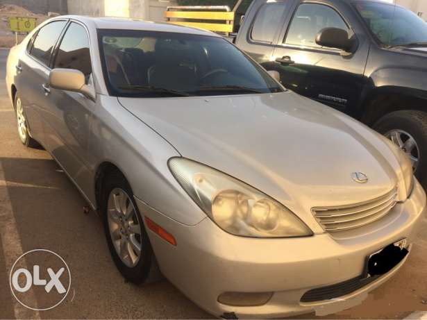 Lexus es300 in perfect condition only 10,000 SAR الرياض -  2