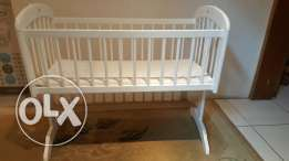 Baby Crib for Small room