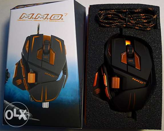 M.M.O. 7 Gaming Mouse Cyborg Black 13 Buttons 1x Wheel USB Wired Laser جدة -  2
