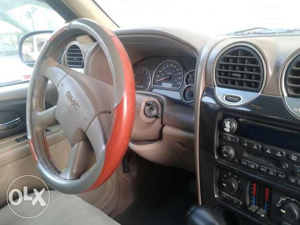 5 Seater,Excellent Condition,AlJomaih purchased,single-handed driven جدة -  4
