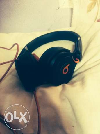 Beats mixr headphone xchange with iphone also
