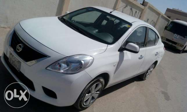 Nissan suny 2014 for sale