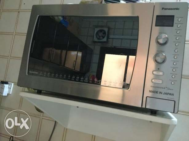 1 of a kind Panasonic Convection Microwave Oven 42L