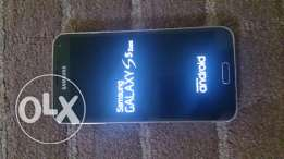 Samsung S5 duos only back cover Broken no accessories for serious Bbuy