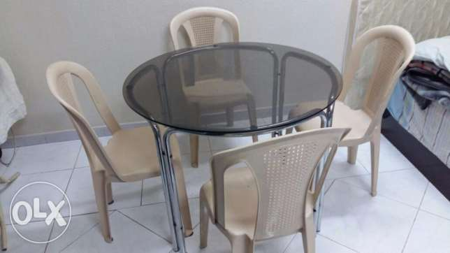 table n 6 chair
