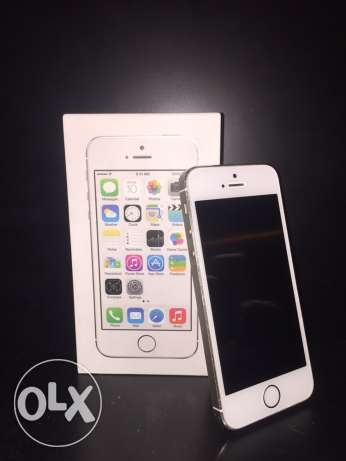 IPhone 5s gold 64 GB with FaceTime الرياض -  4