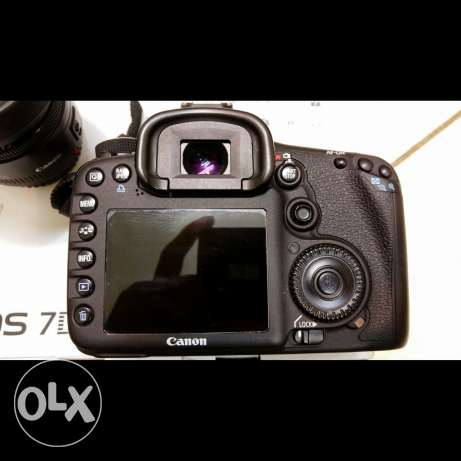 Canon 7D Totally In New Condition With 50mm Lens الرياض -  4