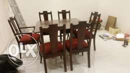 tabel + 6 chairs