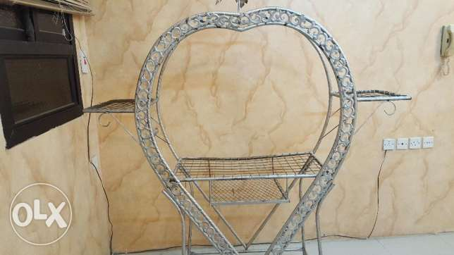 Stand iron for sale...CHEAPEST... الرياض -  1