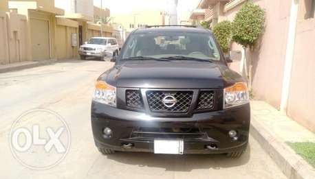 Nissan Armada 2011 SE low ODO very clean for sale