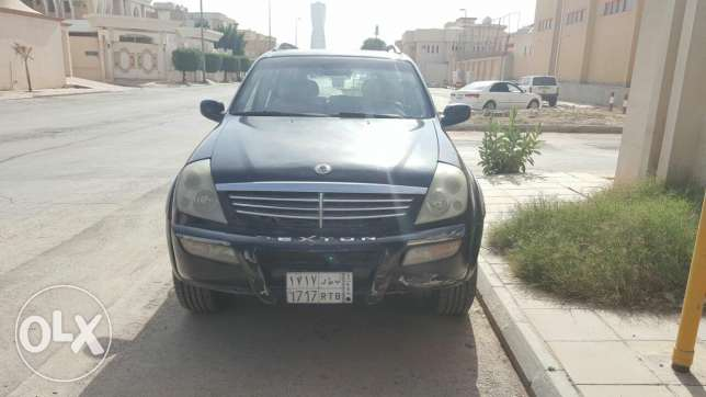 Rexton Jeep in good mechanical condition