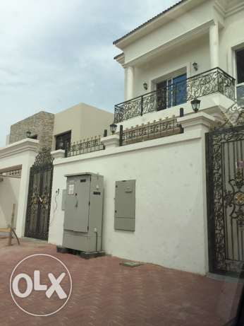 Brand new 5bedrooms villa for rent in Dubai