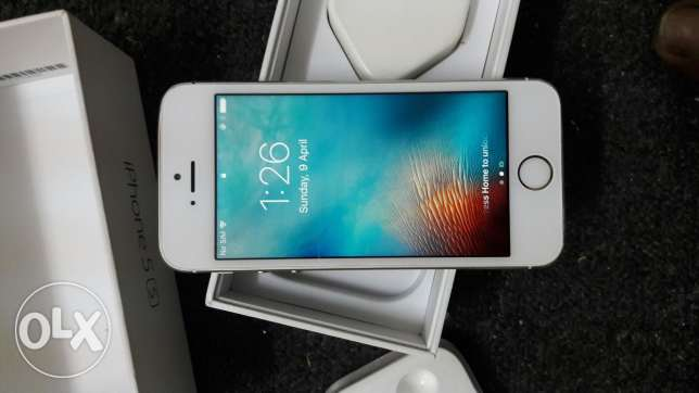 I phone 5s 64gb with box