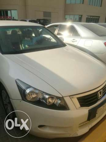 Honda Accord 2008 white - Excellent Condition