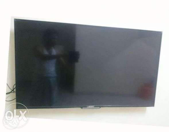 "Sony L.E.D TV 48"" with Wifi Youtube and other Apps"