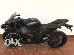 Kawasaki ZX10 only 2500km 2016 Model