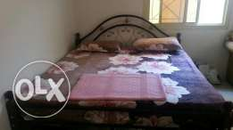 """King size bed with mattress+21""""tv gift for free"""