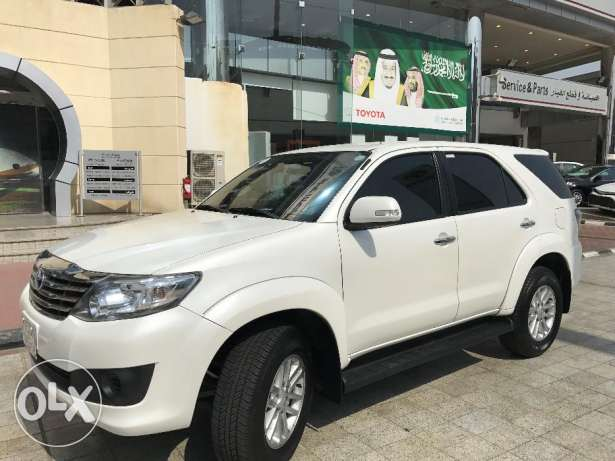 Toyota Foruner Dec 2014, SUV, 4x2- Pearl White Color, ORIGINAL CONDITI
