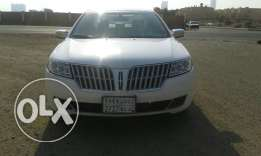 2012 Lincoln MKZ - Excellent Condition