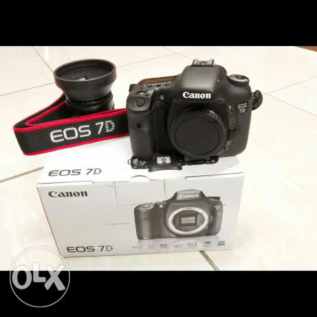 Canon 7D Totally In New Condition With 50mm Lens الرياض -  3
