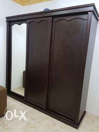 beautiful and huge sliding door cupboard جدة -  5