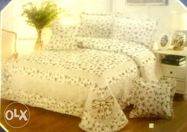 Luxury 6 pcs Comforter Set (Bed Spread Set) King Size