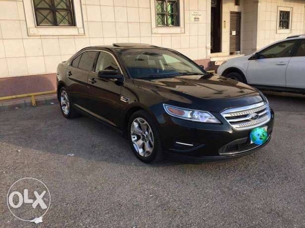 Ford Taurus SHO 2010 Perfect condition الرياض -  3