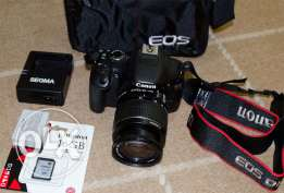 Camera canon 550d prof. digital for sale