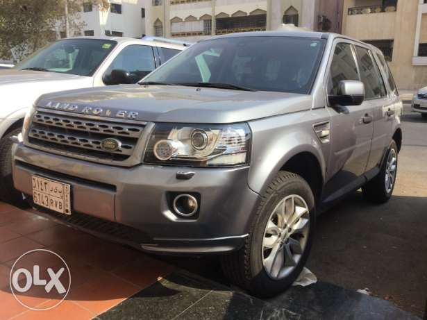 land rover lr2 2014 model for sale جدة -  3