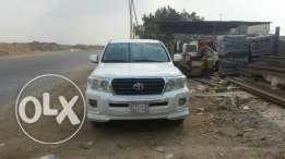 I want to sell Toyota Land Cruiser GX.R V6. Model 2011 colour White. O