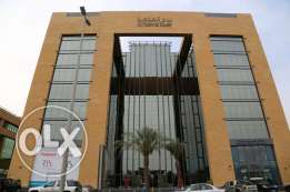 Office for Rent in Al Mukmal Tower
