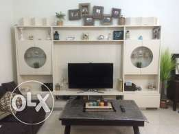 Sell TV stand - very good conditio