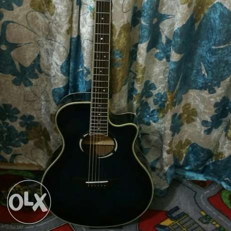 Acoustic guitar yamaha apx500iii with 4 set of dadario strings المدينة المنورة -  1