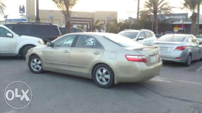 I want to sell my car Toyota Camry Urgent