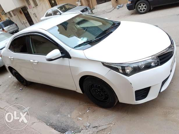 Corolla 2015 CHEAP and VERY URGENT