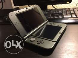 New Nintendo 3DS XL ( Like New )