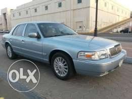 For Sale / Ford Grand Marquis 2010 SAR - Color Light Blue