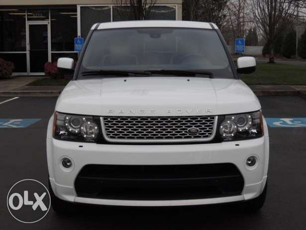 Range rover sport 2015 is available for sale
