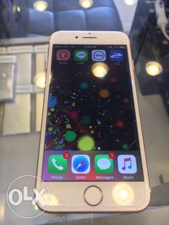 hello friends these is New iPhone 7 Roce gold good condition